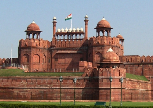 Red_Fort_Delhi_by_alexfurr_(2).jpg