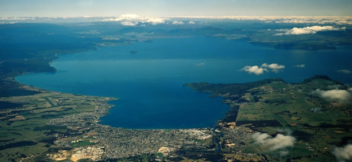 TAUPO LAKE - Copy.jpg