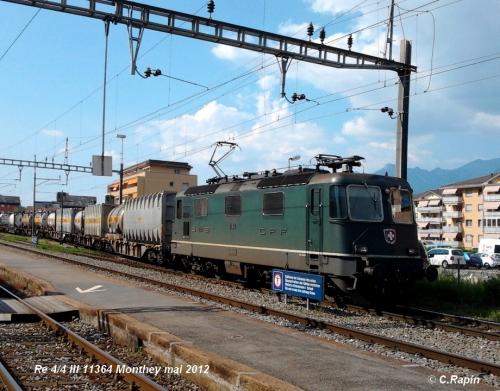 Re 44 III 11364 Mty mai 2012.jpg