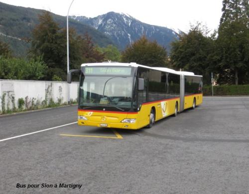 Bus pour Sion à Martigny.jpg
