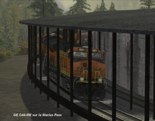 GE C44-9W Marias Pass 14-01.jpg