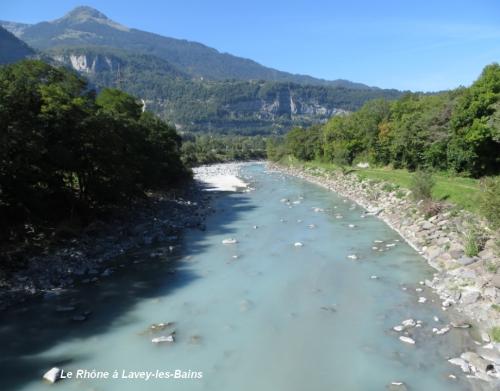 Le Rhône àLavec-les Bains aval.jpg