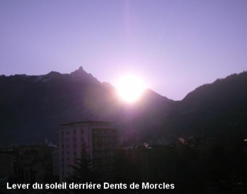 Lever du soleil 27 11 2011.jpg