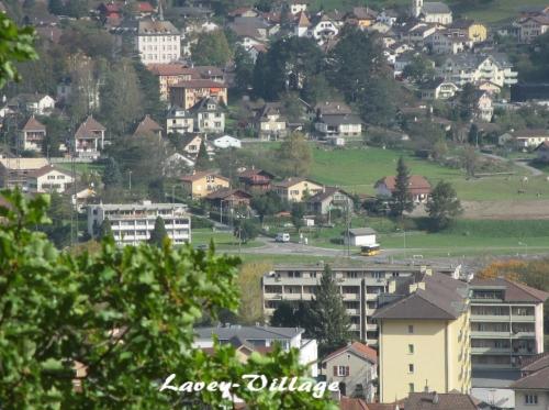 Lavey -Village.jpg
