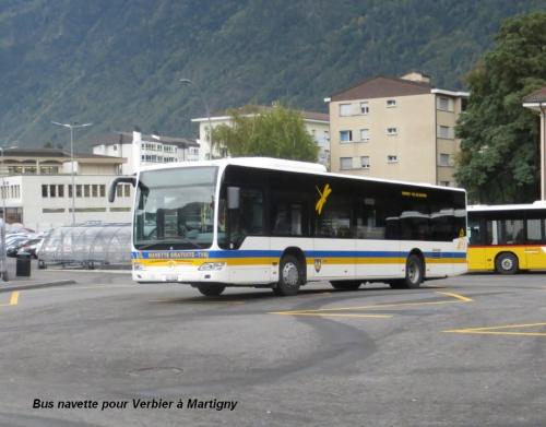 Bus navette pour Verbier à Martigny.jpg