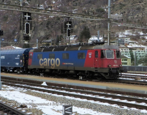 Re 620 012-5 Regensdorf à Brig le 29.01 .jpg