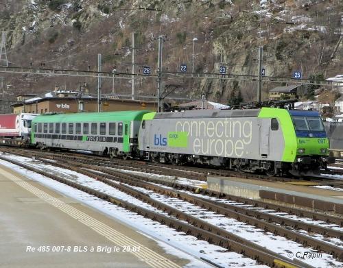 Re 485 007-8 BLS à Brig le 29.jpg