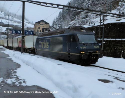 BLS Re 465 009-9 Napf à Göschenen le 4.03.jpg