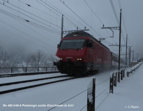 Re 460 046-6 Polmengo sortie Göschenen le 4.03.jpg