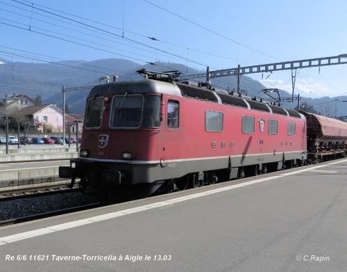 Re 66 11621 Taverne-Torricella Ai 13.03.jpg