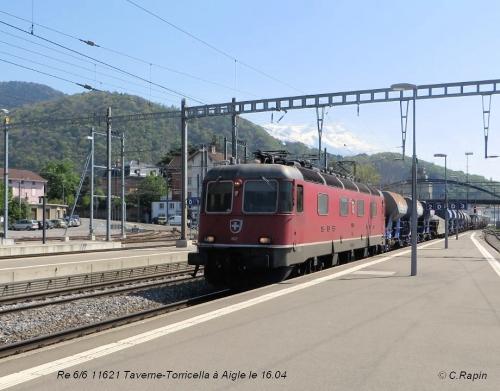 Re 66 11621 Taverne -Torricella Ai 16.04.jpg
