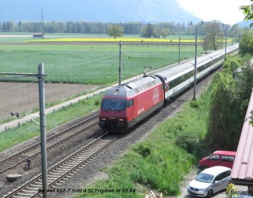 Re 460 022-7 Sihl à St.Triphon le 25.04..jpg
