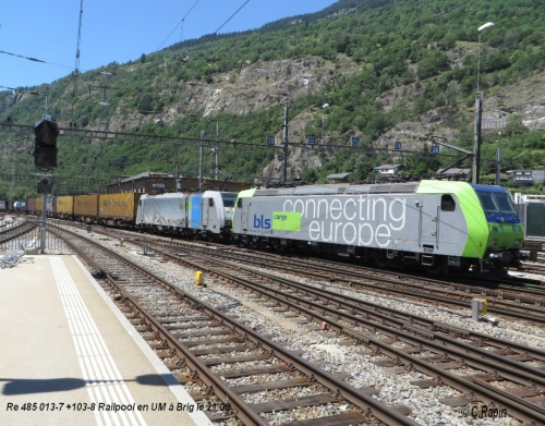 Re 485 013-7 +103-8 Railpool en UM à Brig le 21.06.jpg