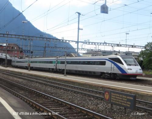 ETR 470 054 à Arth-Goldau le 15.07.jpg