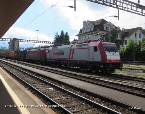Br 185 591-5 + 595-6 en UM à Arth-Goldau le 15.07.jpg