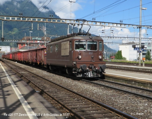 Re 425 177 Zweissimen BLS à Arth-Goldau le 15.07.jpg