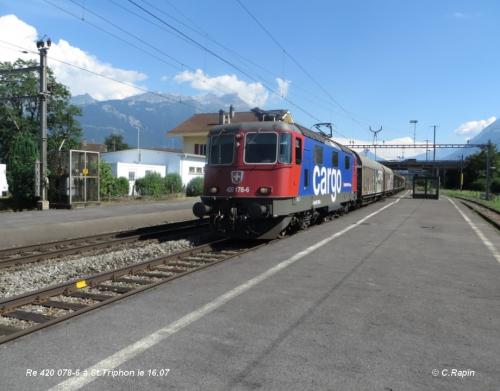 Re 420 078-6 à St.Triphon le 16.07.jpg