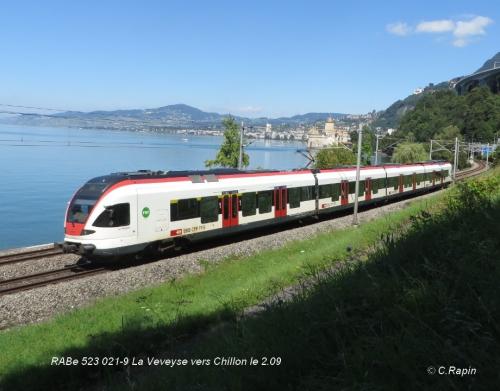RABe 523 021-9 La Veveyse vers Chillon le 2.09.jpg