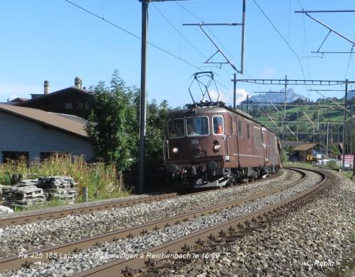 Re 425 185 Lalden + 186 Leissigen en UM à Reichenbach le 16.09.jpg