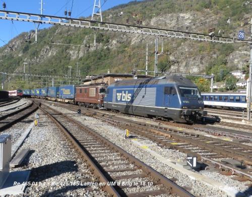 04 Re 465 013-1 + Re 425 185 Lalden en UM à Brig le 18.10.jpg