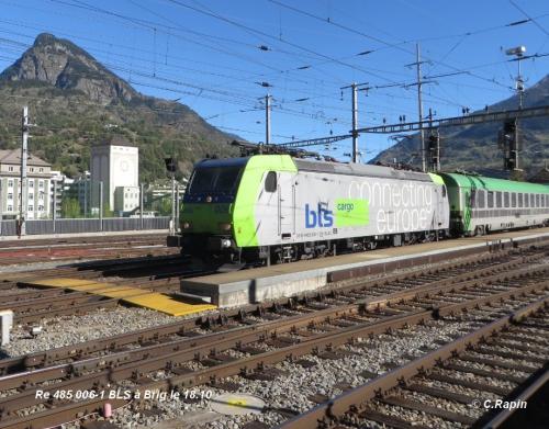 11 Re 485 006-1 BLS à Brig le 18.10.jpg