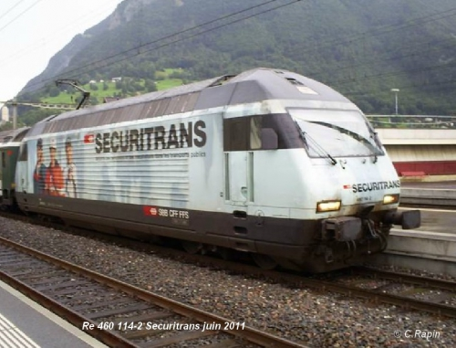 Re 460  114-2  Securitrans  juin 2011.jpg