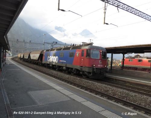 Re 620 061-2 Gampel-Steg à Martigny le 5.12.jpg