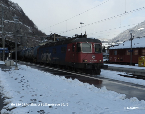 Re 620 033-1 Muri à St.Maurice le 30.12 .jpg