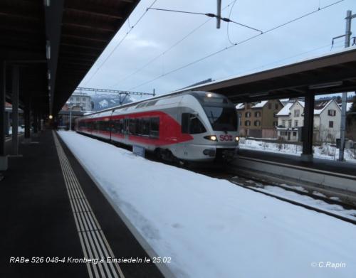 RABe 526 048-4 Kronberg à Einsiedeln le 25.02..jpg
