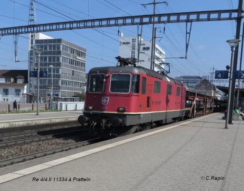 04-Re 44 II 11334 à Pratteln.jpg