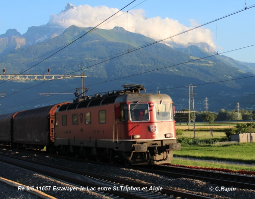 Re 66 11657 Estavayer-le-Lac entre St.Triphon et Aigle 24.06..jpg