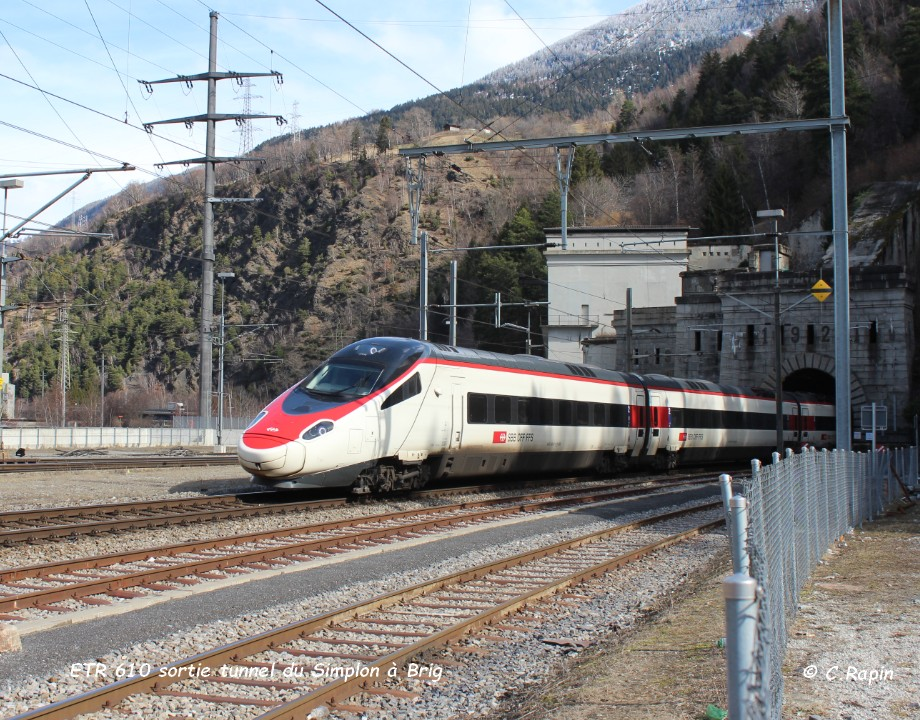 013-ETR 610 sortie tunnel du Simplon à Brig 26.02..jpg