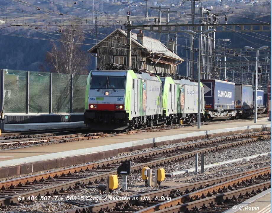 026-Re 486 507-7 + 508-5 Cargo Alpinisten en UM  à Brig 26.02..jpg