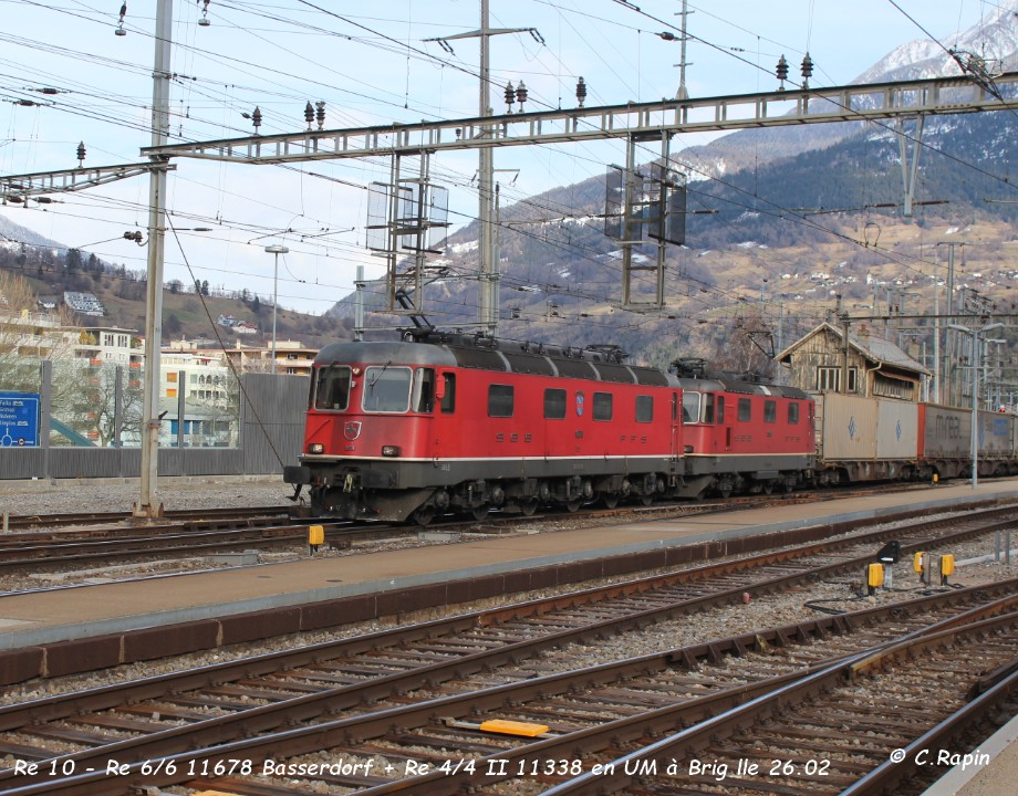 01-Re 10 - Re 66 11678 Basserdorf + Re 44 II 11338 en UM à Brig lle 26.02.jpg