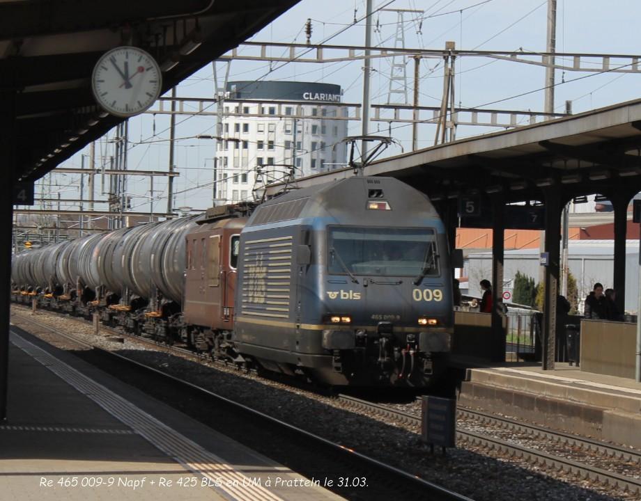 06.Re 465 009-9 Napf + Re 425 BLS en UM à Pratteln le 31.03..jpg
