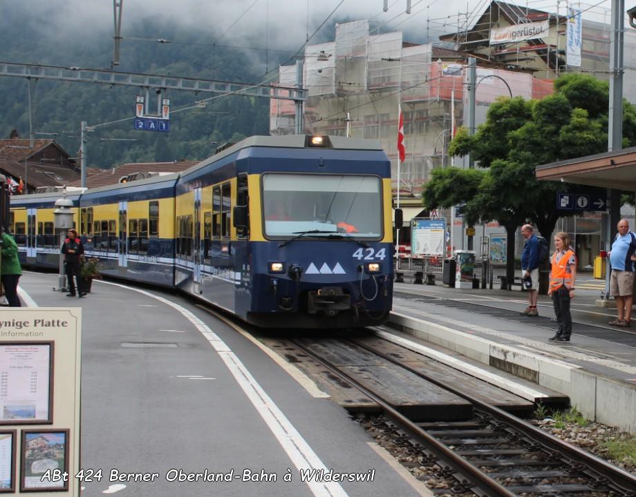 ABt 424 Berner Oberland-Bahn à Wilderswil 17.08.jpg
