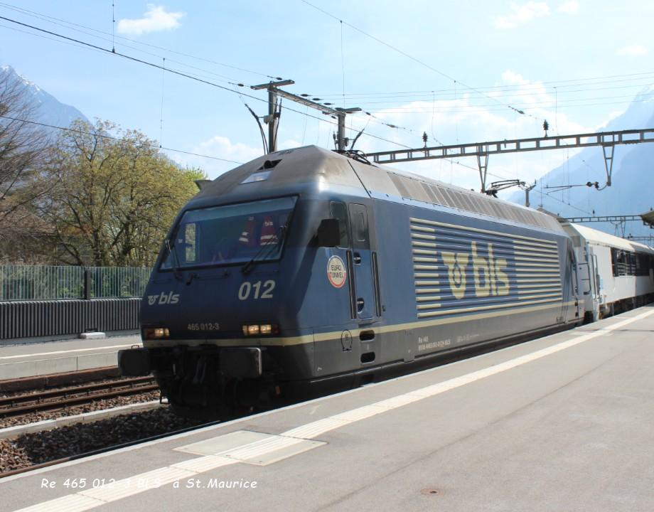 Re 465 012-3 BLS  à St.Maurice 12.04..jpg