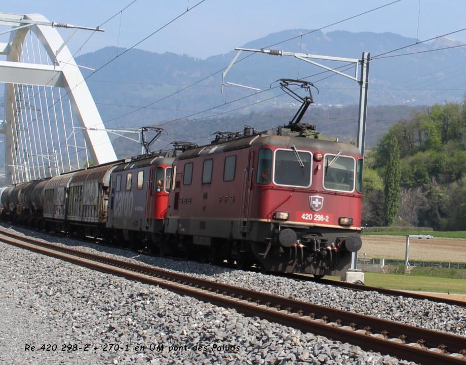Re 420 298-2 + 270-1 en UM pont des Paluds  12.04..jpg