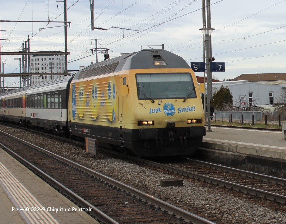10-Re 460 022-9 Chiquita à Pratteln 9.03.jpg