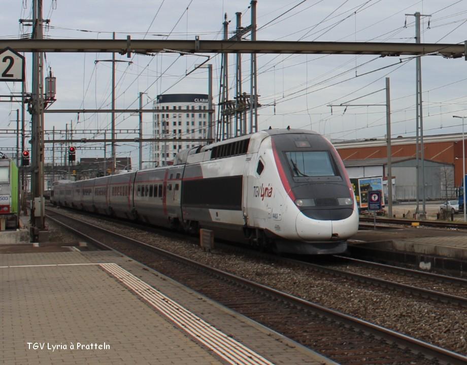 21--TGV Lyria à Pratteln 9.03.jpg