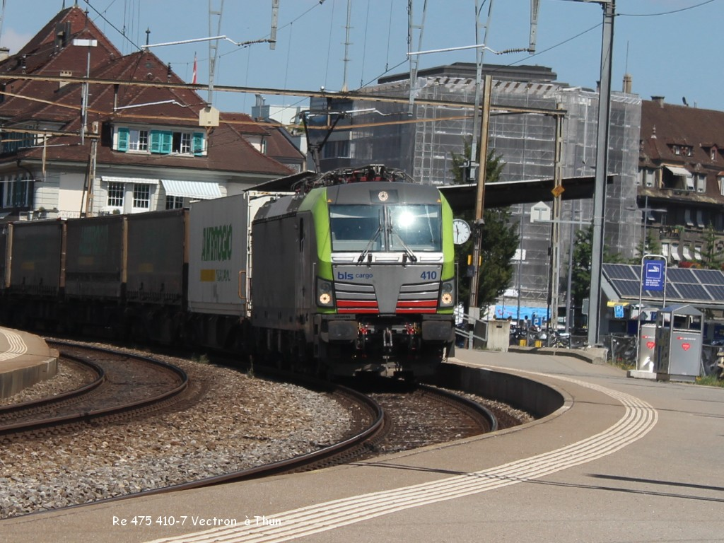 Re 475 410-7 Vectron  à Thun 27.06.jpg