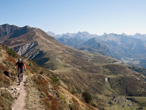 basquemtb-mountain-bike-holiday-pyrenees-2.jpg