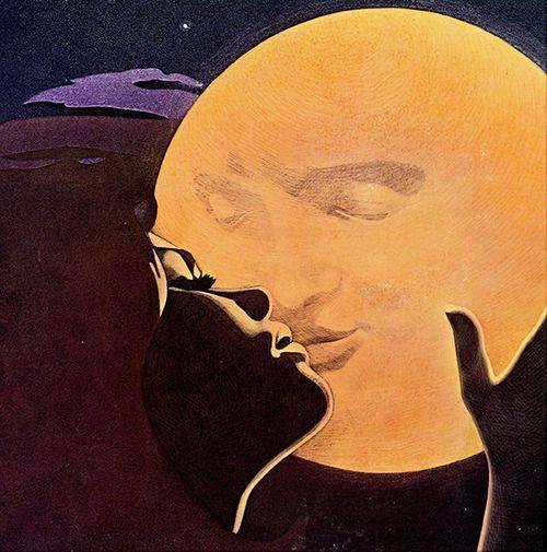 femme pleine lune.jpg