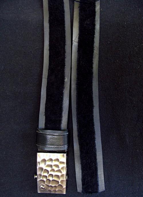 ceinture cuir noir retourné.JPG