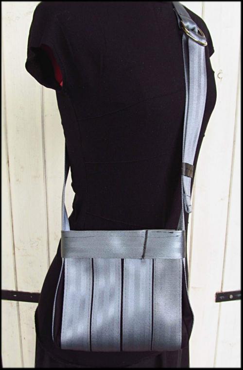 ceintures bandoulière gris.JPG