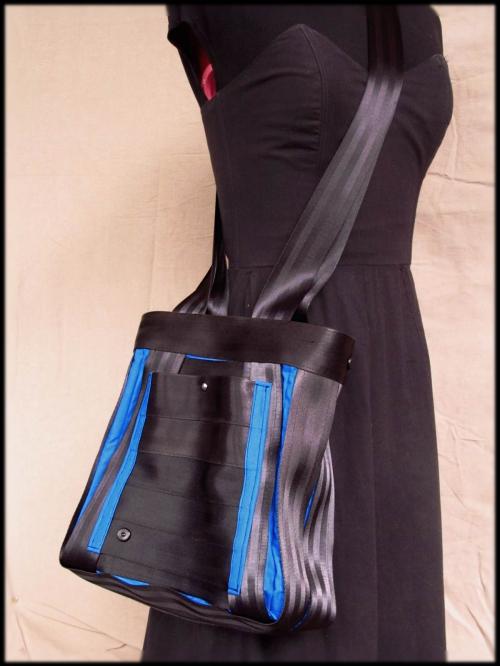 sac ceintures bleu .JPG