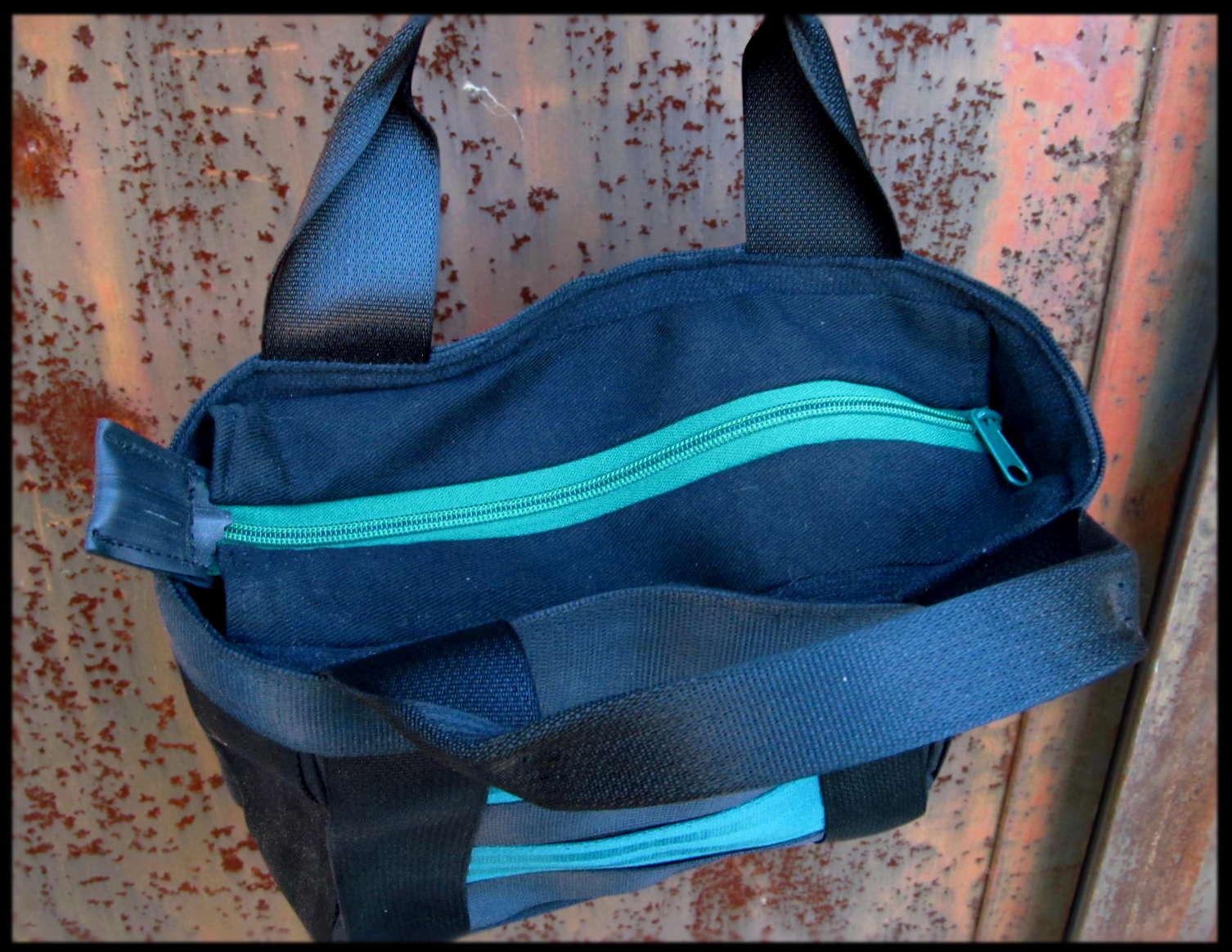 Petit sac ceintures vert 2.JPG