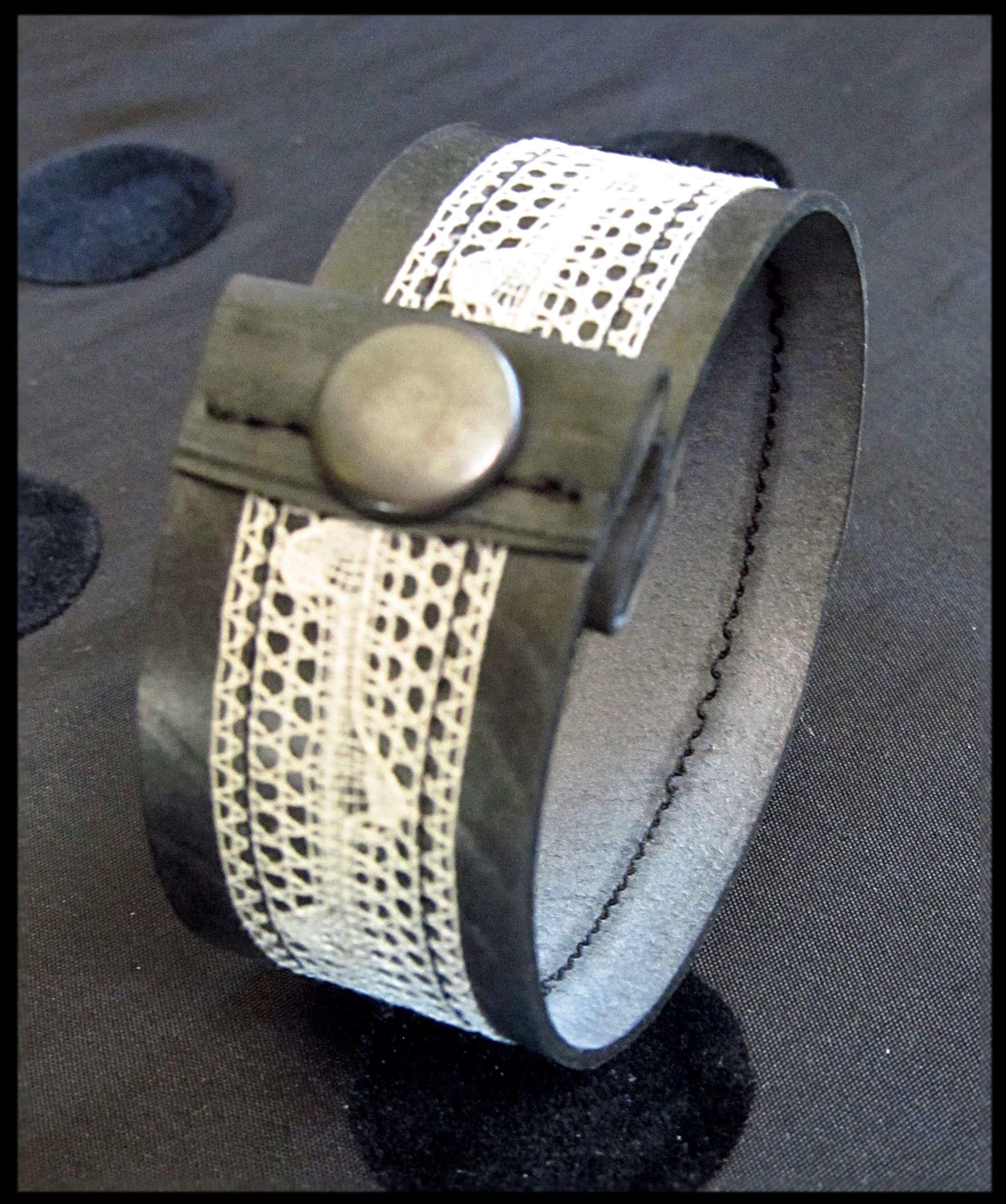 bracelets dentelles 4.JPG