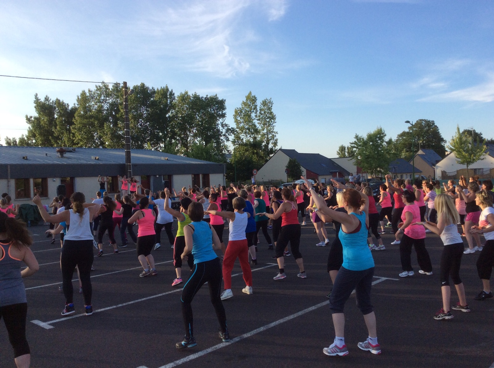 https://static.blog4ever.com/2013/08/749750/zumba.jpg