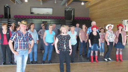 succes-de-la-danse-country-kan-ar-mor.jpg